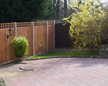 fencing and gate manufacturers and installers in nottingham