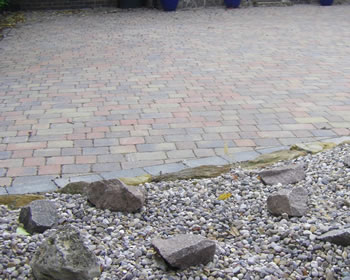 derbyshire footpath block paving